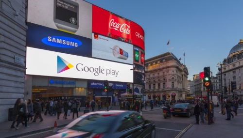 Advertise on Clear Channel's One Piccadilly at Piccadilly lights
