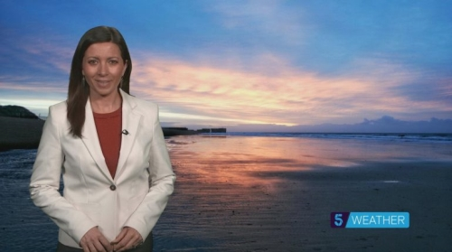 Sponsor Weather reports on Channel 5