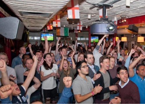 Dominate UK Sports Bars & Pubs During Football World Cup