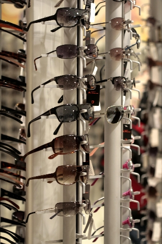 CASE STUDY: Educating shoppers about the benefits of Luxottica