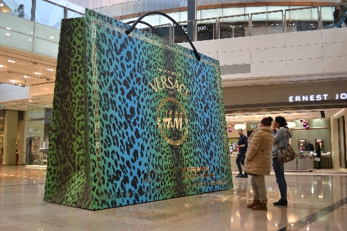 CASE STUDY: Experiential to promote H&M Guest Designers range